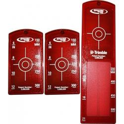 1x dlhá a 2x malé červené vložky do terča